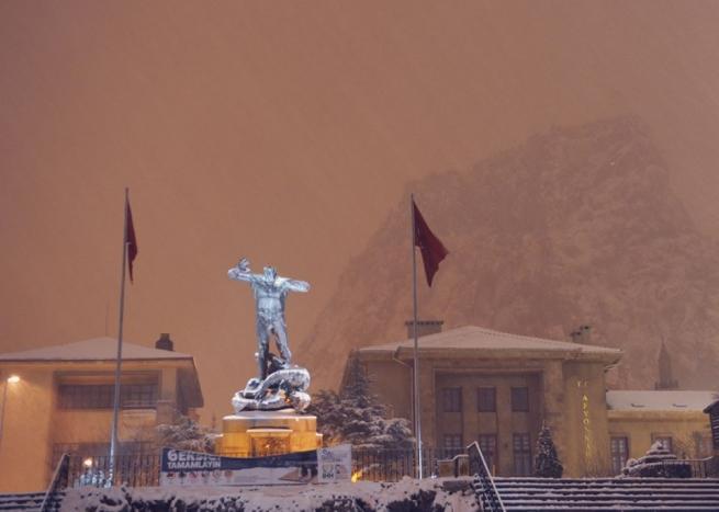 Anıtpark Kar Manzarası