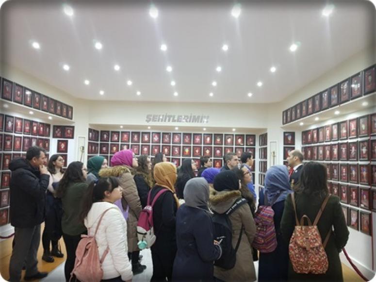Şehit Aileleri ve Gazilere anlamlı ziyaret