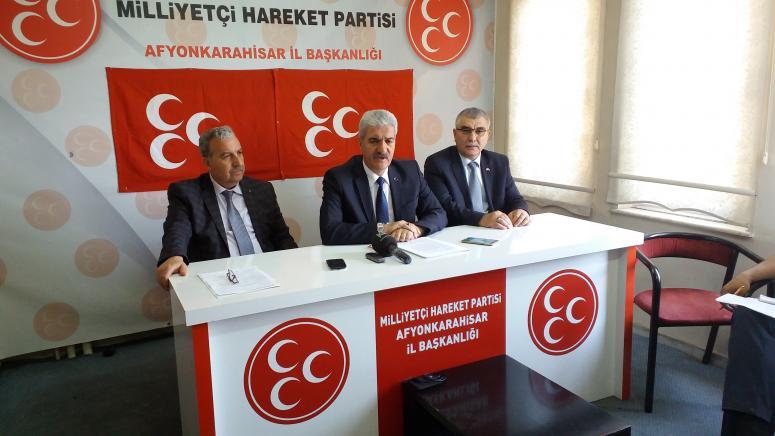 MHP İl Başkanı Raşit Demirel Basın Toplantısında konuştu