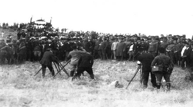 Atatürk'ün Dumlupınar'da Tören Konuşması