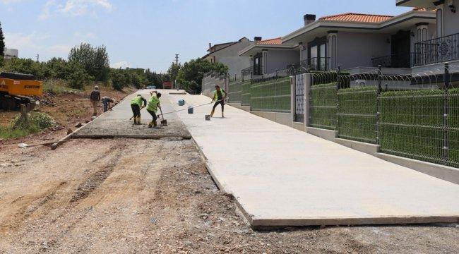 Kocaeli'de İzmit Belediyesinden Tüysüzler'e yeni yol
