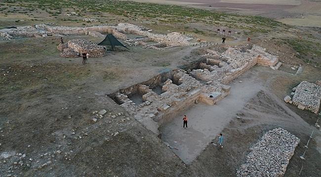 Emirdağ Amorium Kazısı'nda Selçuklu Ve Beylik Dönemine Ulaşıldı