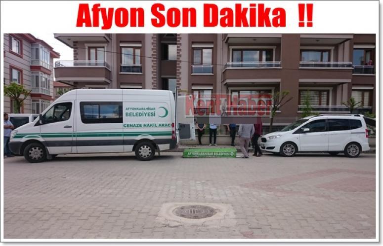 Afyon'da Eşini boğazından bıçaklayarak öldürdü !!