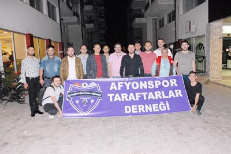 AFYONSPOR TARAFTARLAR DERNEĞİ İFTARDA BİRARAYA GELDİ