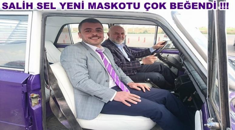SALİH SEL YENİ MASKOTU ÇOK BEĞENDİ !!!