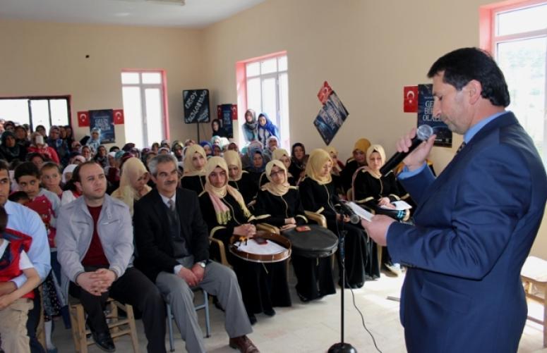 """AKPINAR KÖYÜNDE """"KUTLU DOĞUM HAFTASI"""" ETKİNLİĞİ DÜZENLENDİ"""