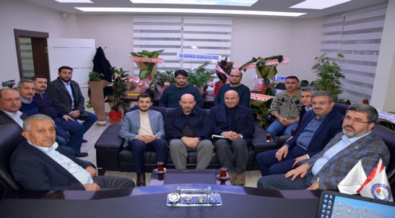 """""""Belediye Başkan adayımız Zeybek'in arkasındayız"""""""
