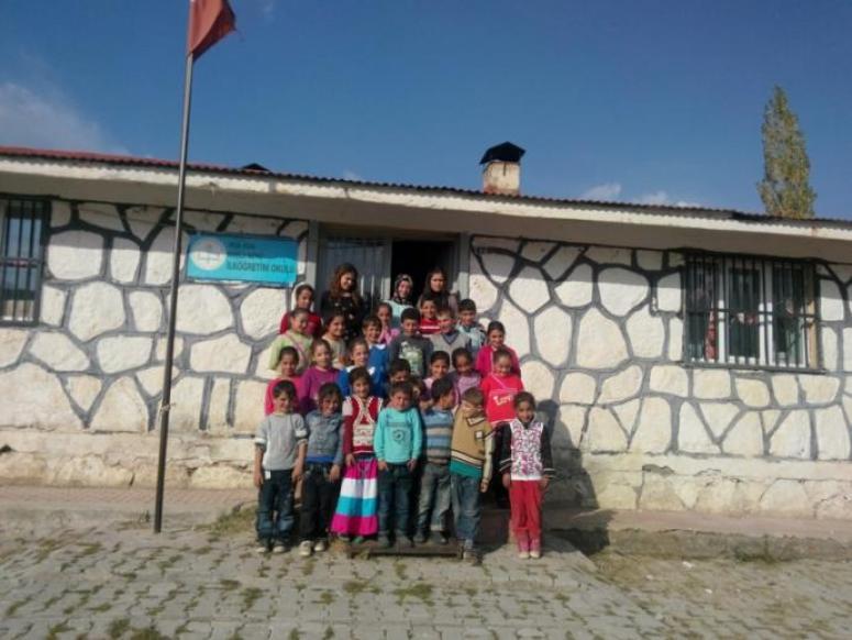 Hizan Koçlu Köyü İlkokulu sizin yardımlarınızı bekliyor!