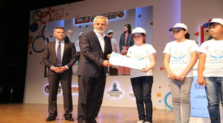 Deniz Feneri İyilik Okulları Ödülleri verildi !!