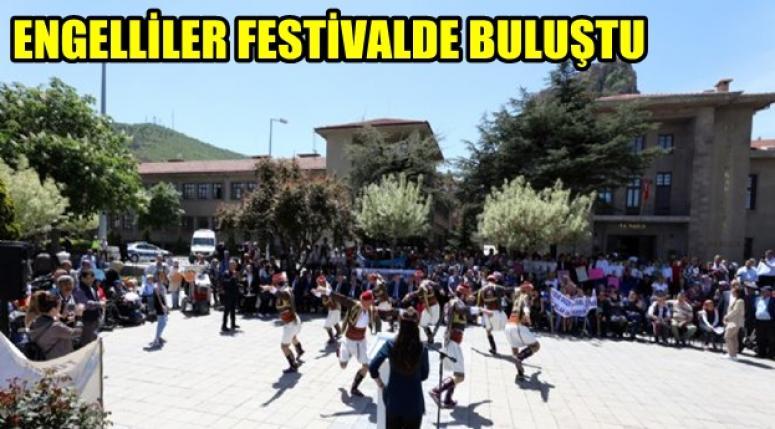 Afyon'da Engelliler festivalde buluştu