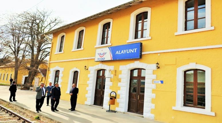 TCDD 7.Bölge Müdürlüğü Tarihi Gar ve istasyonları Yenilemeye Devam Ediyor.