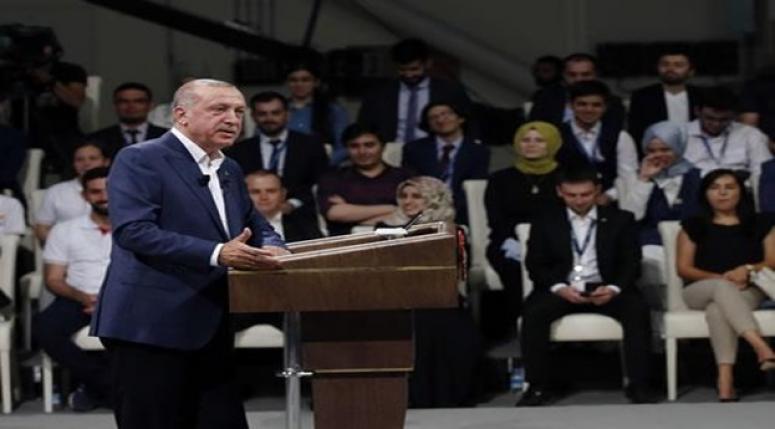 Cumhurbaşkanı Erdoğan gençlerin sorularını cevapladı