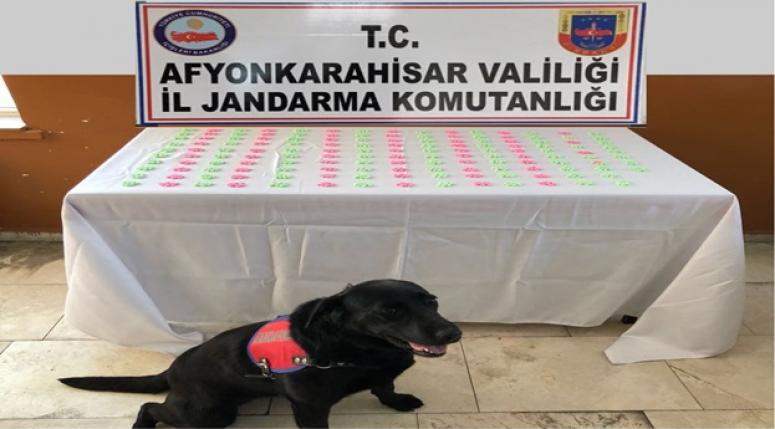 Afyon Jandarması tam 1480 adet Extacy uyuşturucu hap ele geçirdi
