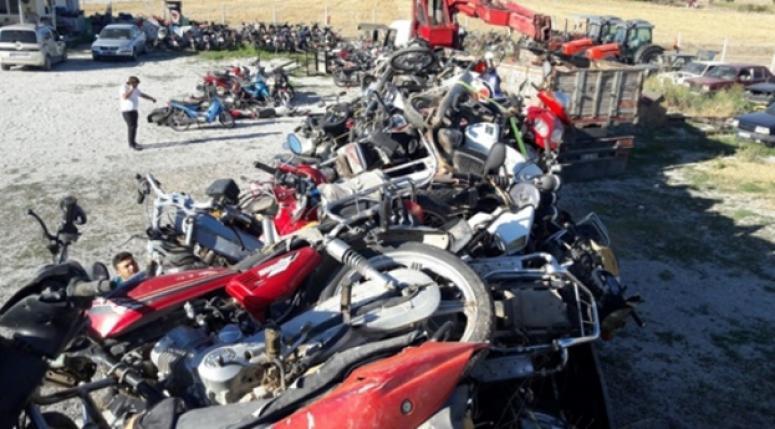 Hacizli motosikletler hurdaya ayrıldı
