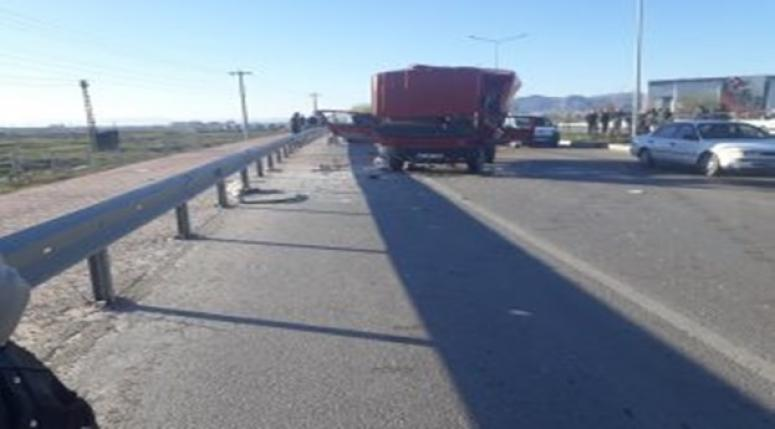 Erenler KYK Yurdu önünde Trafik Kazası