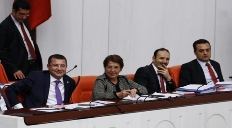 Komisyonu Parsak temsil etti