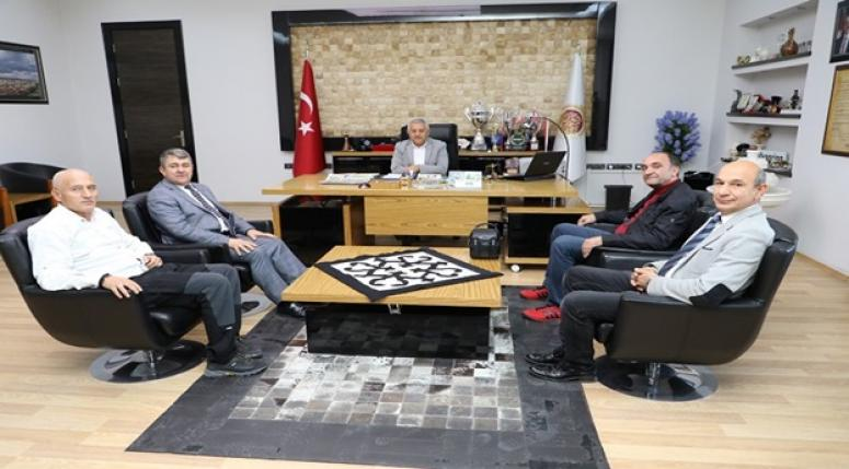 Afyon İnternet Medya Birliği, Zeybek'i ziyaret etti