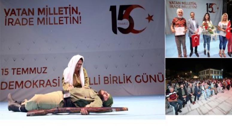 Benim Adım Türkiye tiyatro oyunu Zafer Meydanı'nda sahnelendi