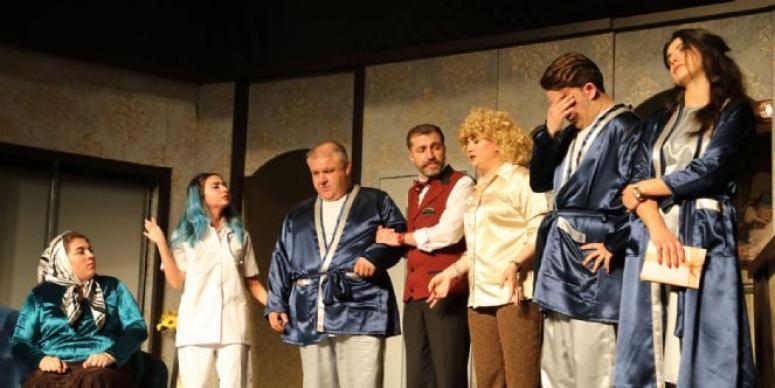 """Afyonkarahisar Belediye Şehir Tiyatrosu """"Bugün Git Yarın Gel"""""""