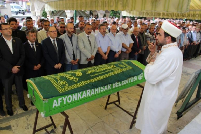 Ali Karagöz toprağa verildi