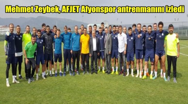 Mehmet Zeybek, AFJET Afyonspor antrenmanını izledi
