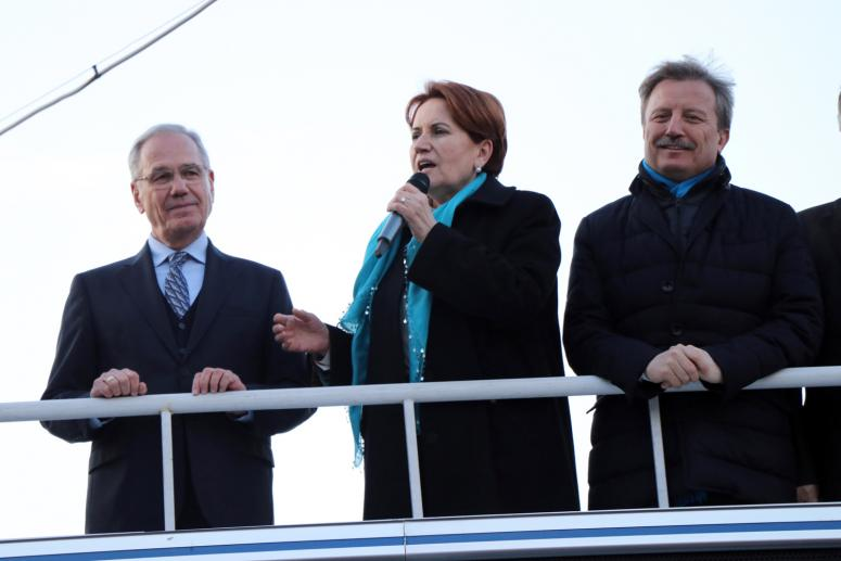 İYİ Parti Genel Başkanı Meral Akşener Dinar'da