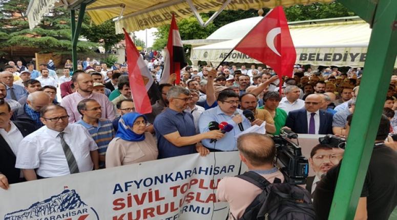 MURSİ'NİN KATİLİ SİSİ CUNTASIDIR!