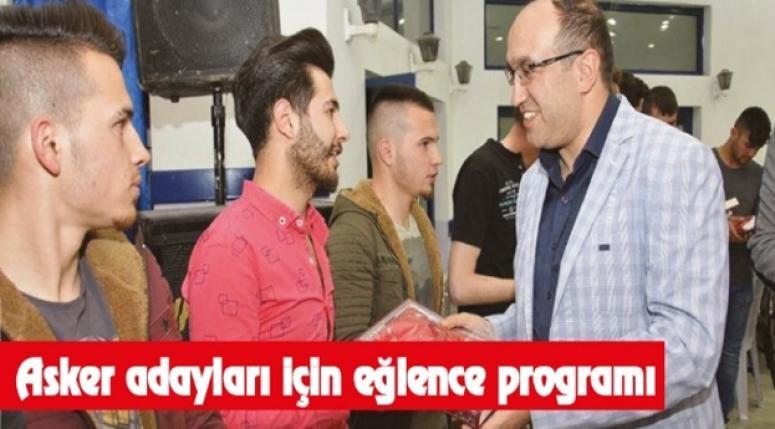 Sandıklı'da asker adayları için eğlence programı