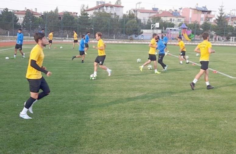 Şuhut Hisarspor, Ödemişspor'u ağırlıyor