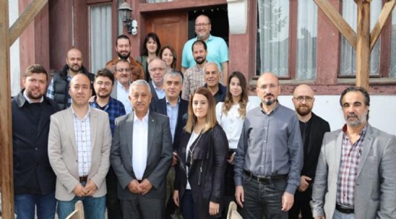 Mehmet Zeybek, Mimarlar Odası istişare toplantısına katıldı