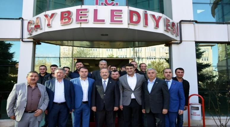 """""""BOŞ VAATLERLE DEĞİL, İCRAATLARLA KONUŞUYORUZ"""""""