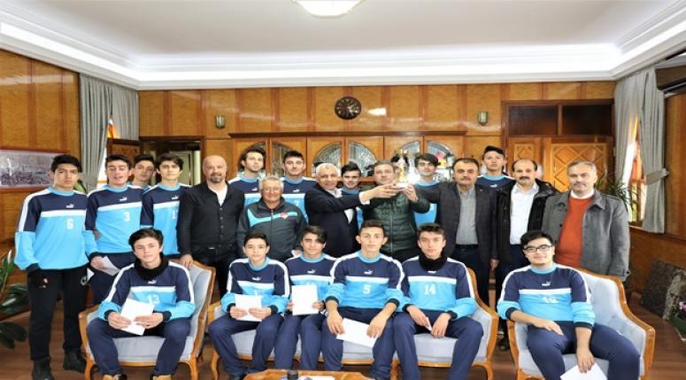 TCDD Üst Yönetimi, Sendika ve Kulüp Yönetimi Başarıyı Kutladı.