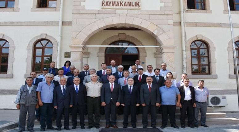 Vali Mustafa Tutulmaz, Bayat ve İscehisar İlçelerini Ziyaret Etti.