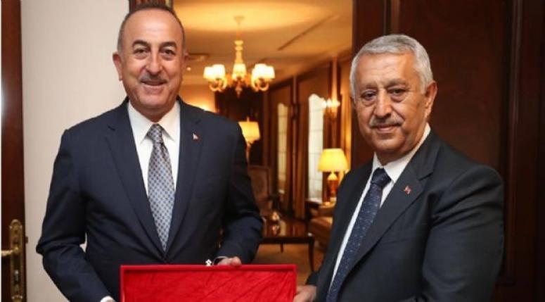 Mehmet Zeybek Ankara'da temaslarda bulundu !!