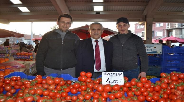 Vatandaşlardan Zeybek'e Yoğun İlgi